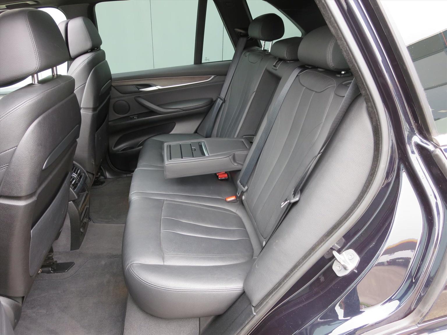 BMW-X5-9