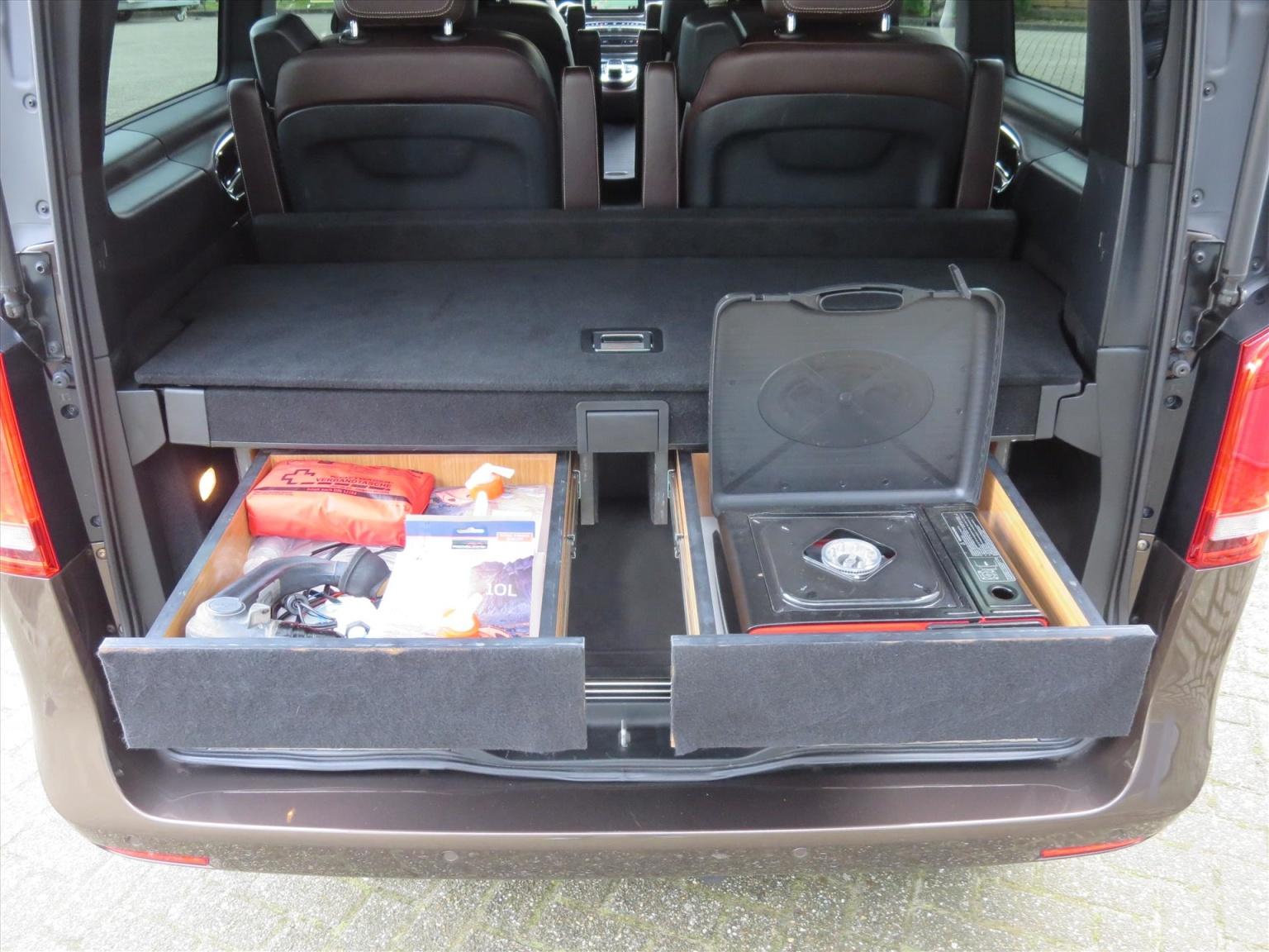 Mercedes-Benz-Camper-20