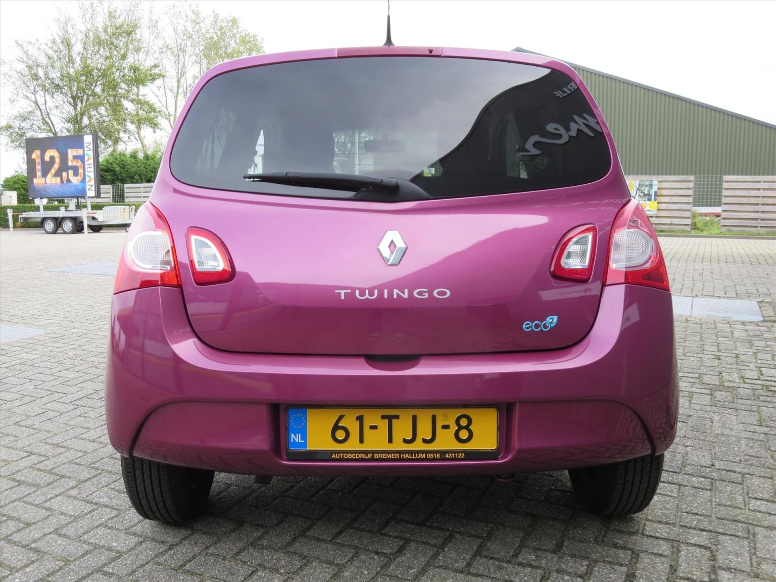 Renault-Twingo-13